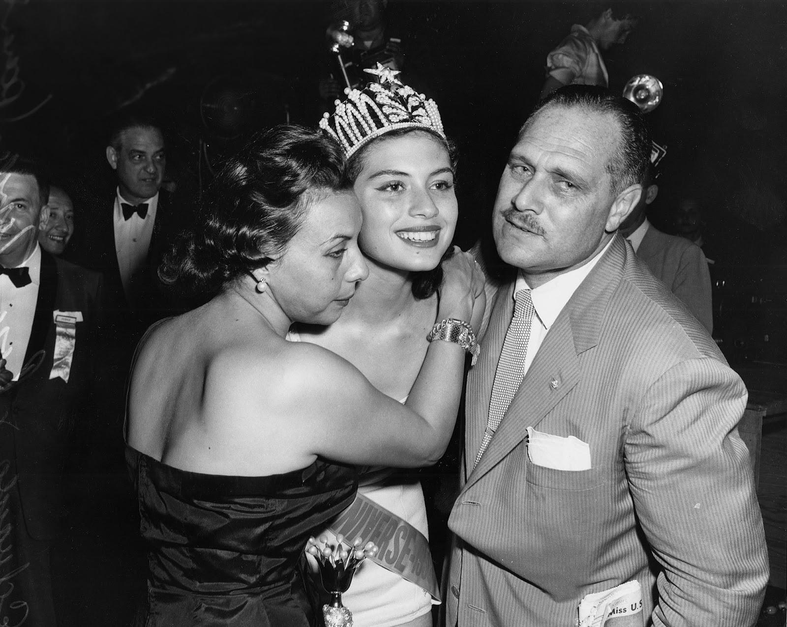 gladys zender, miss universe 1957. primera latina a vencer este concurso. Uni19510