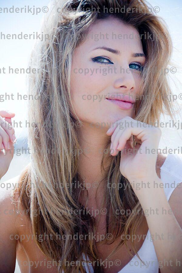 mireia lalaguna, miss world 2015. - Página 4 Unspec10