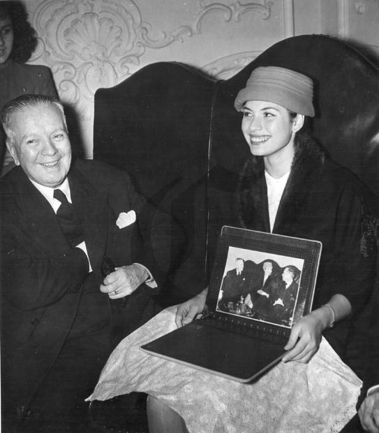 gladys zender, miss universe 1957. primera latina a vencer este concurso. Zender10