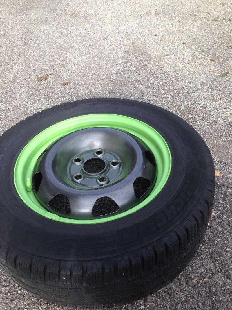 "[VENDU] 4 Jantes + pneus Michelin neige 16"" origine Wv 9 trous Image12"