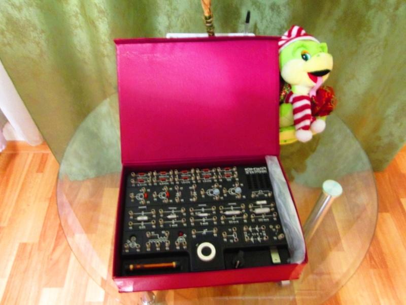 Радиоконструкторы для детского творчества. 212
