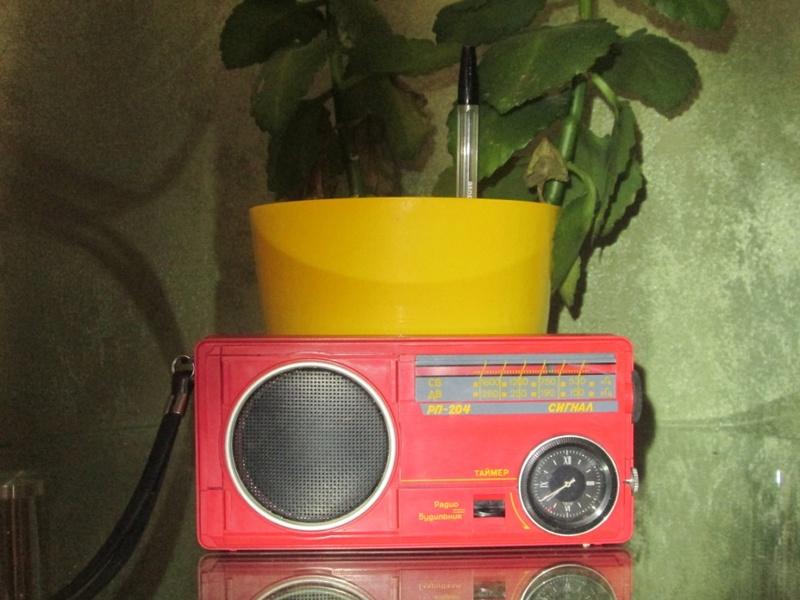 Бытовые радиоприёмники СССР Img_0831