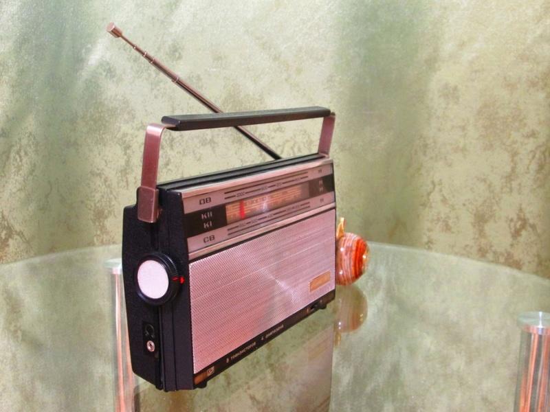Бытовые радиоприёмники СССР - Страница 3 Oa_417