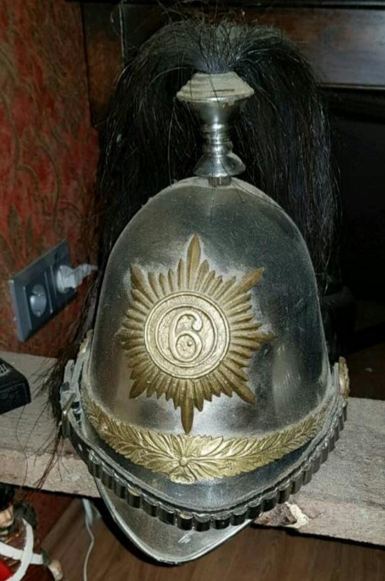 C'est quoi ce casque? Police britannique ou allemande? _2018011