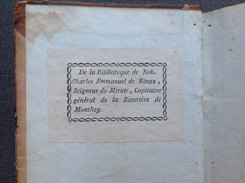 Estimation de deux vieux livre (1724 et 1787) Img_2229