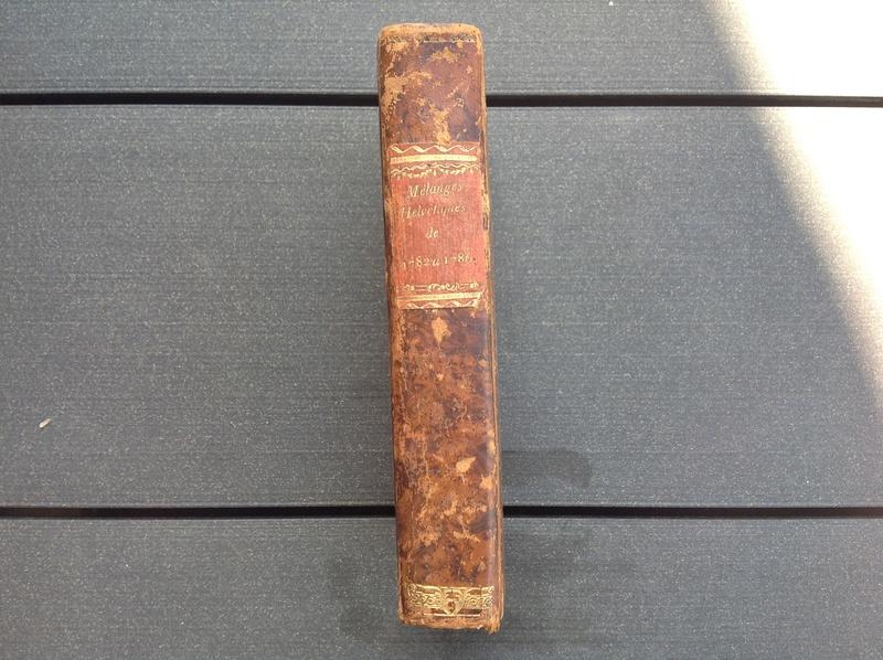 Estimation de deux vieux livre (1724 et 1787) Img_2231