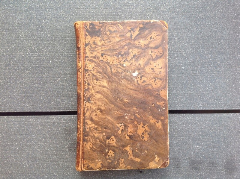 Estimation de deux vieux livre (1724 et 1787) Img_2232