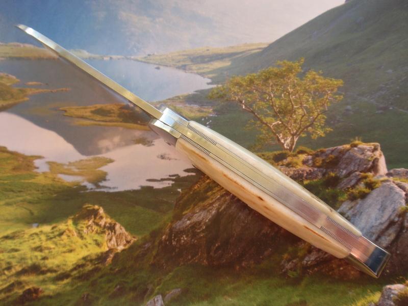 La collection de Couper au couteau - Page 22 P2145014
