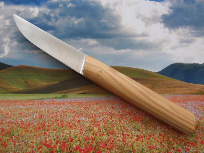 La collection de Couper au couteau - Page 22 Pb024922