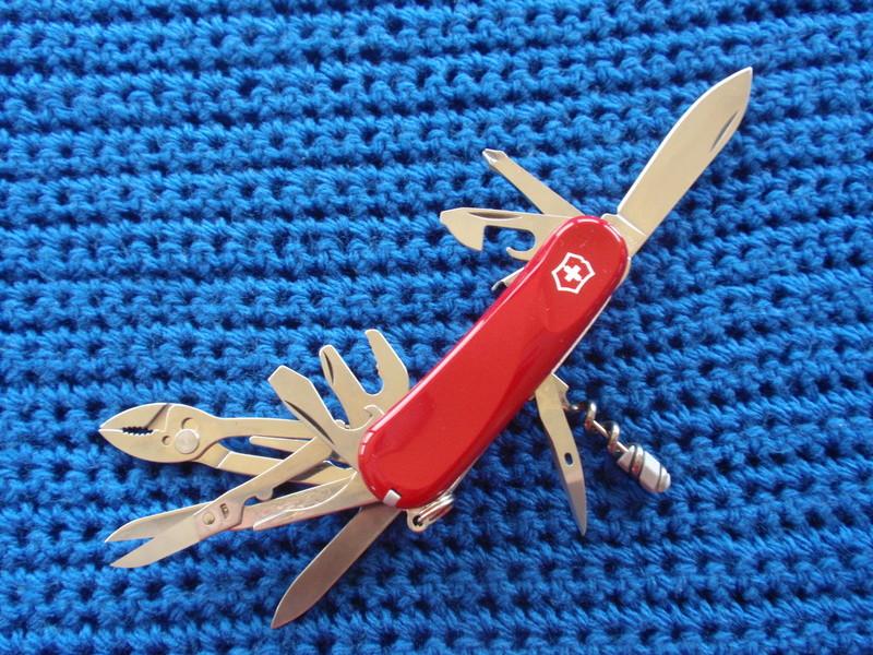 """La collection de """"couper au couteau"""" - Page 2 Pc304912"""