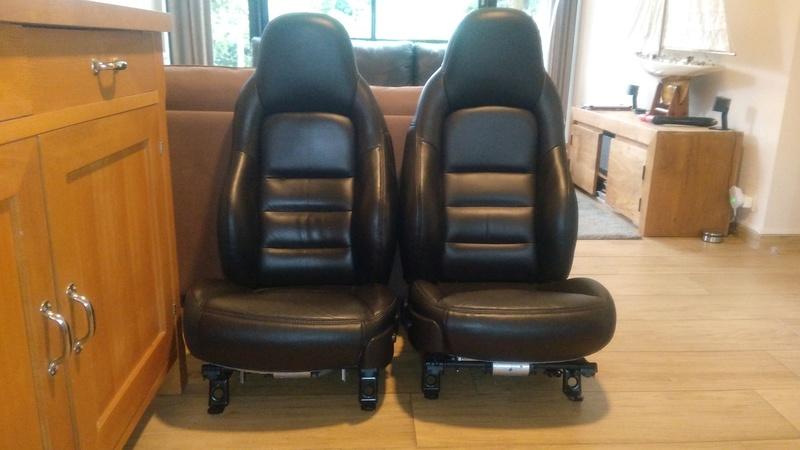 nouveaux sièges dans la C6 Img_2011