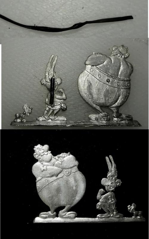 Obélix, Astérix et .. Idéfix Dsc09924