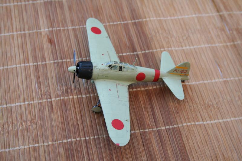 Le Mitsubishi A6M2B-21 Zéro du Lt Saburo Shindo 2 e vague d'assaut de l'Akagi à Peral Harbor au 1/72 par JJ Img_2213