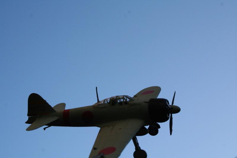 Le Mitsubishi A6M2B-21 Zéro du Lt Saburo Shindo 2 e vague d'assaut de l'Akagi à Peral Harbor au 1/72 par JJ Img_2219