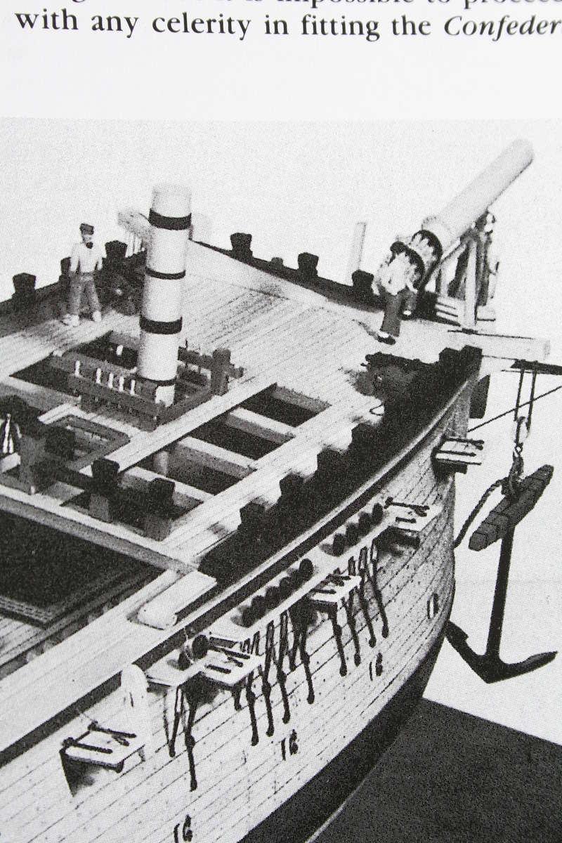 La Confederacy de 1772 au 1/64 par Model Shipways - Page 5 Img_2545