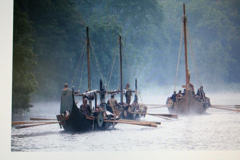 Saga Vikings          Sous le regard d'Odin Img_8810