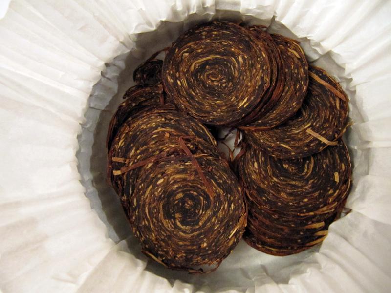 Numismatique et tabacs ? Dunhill, Davidoff, Escudo [ Virginia/Périque ] Img_0510