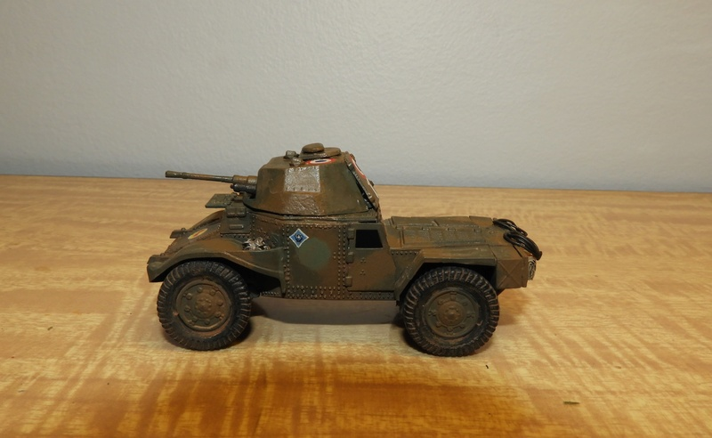 Transformation AMD 35 et Panhard 178 PC au 1/72 Dscn0522
