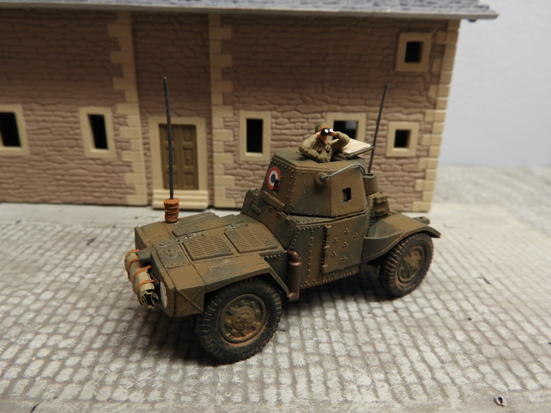 Transformation AMD 35 et Panhard 178 PC au 1/72 Dscn0530