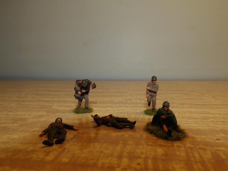 Mécaniciens, blessés, équipages (cavalerie et BCC) de blindés, 1/72 Dscn0621