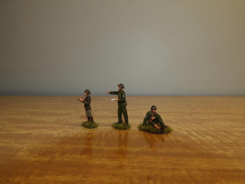 Mécaniciens, blessés, équipages (cavalerie et BCC) de blindés, 1/72 Dscn0627