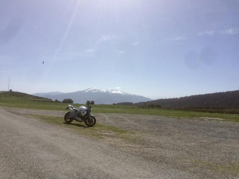 Vous rouler aussi à moto ... Montrez nous vos belles  - Page 2 Fullsi48