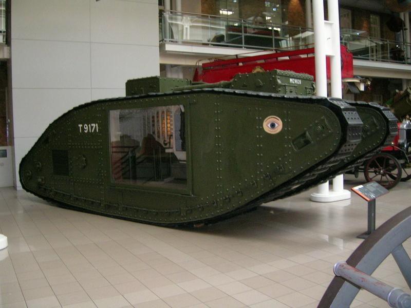 La réplique du tank anglais roule! First_10