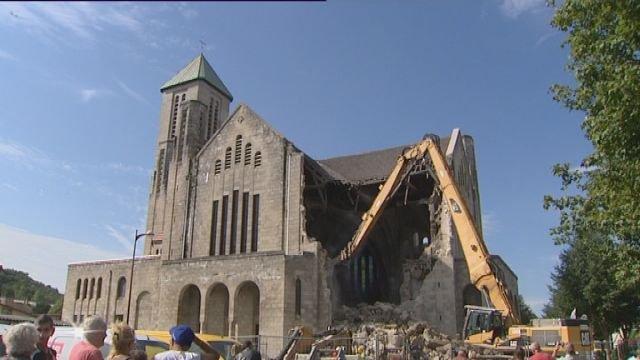 eglises - La destruction des Eglises ! 19_man10