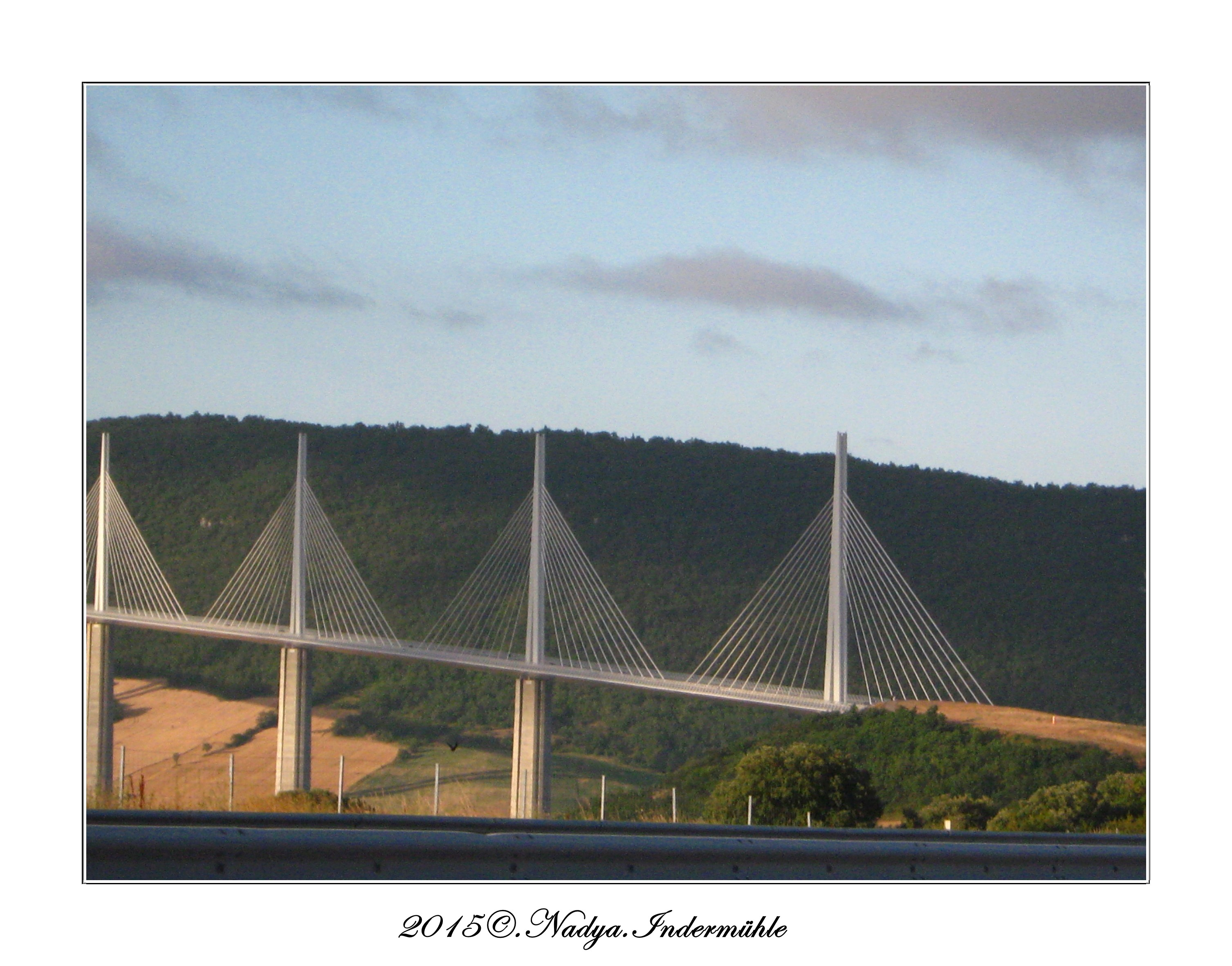 Viaduc de Millau Cadrer83