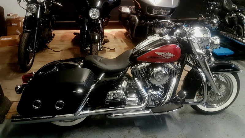 Road King uniquement, combien sur Passion-Harley  18238710