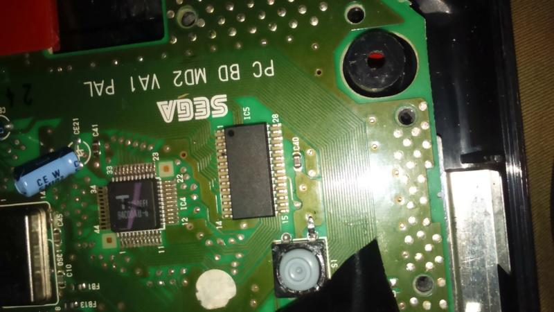 mega drive 2 puce , 50hz , 60 hz  Dsc_0811