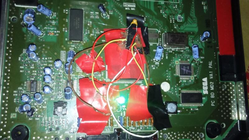 mega drive 2 puce , 50hz , 60 hz  Dsc_0812