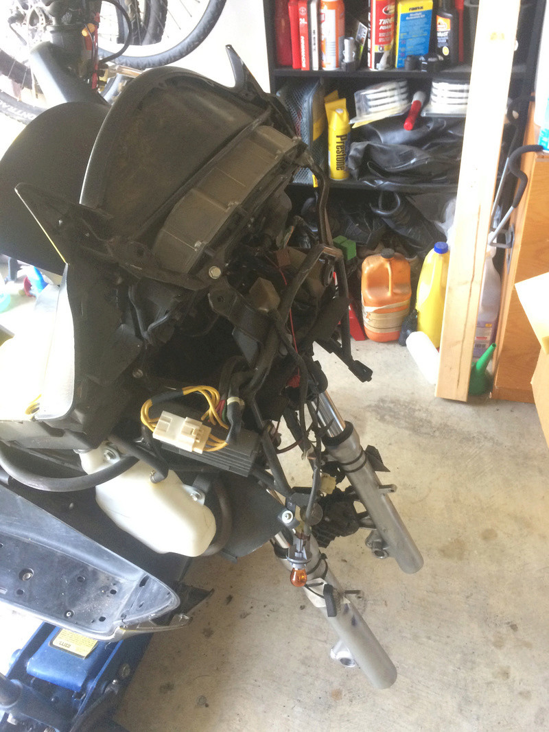 The official long post of the overhaul and repaint of my 06 Silverwing Img_8513