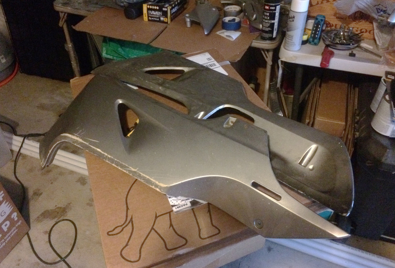 The official long post of the overhaul and repaint of my 06 Silverwing Photo_26