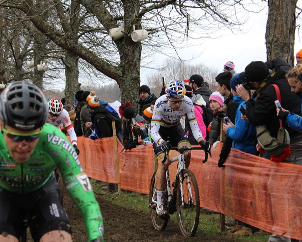 Cyclo-cross - Page 16 Van_ae10