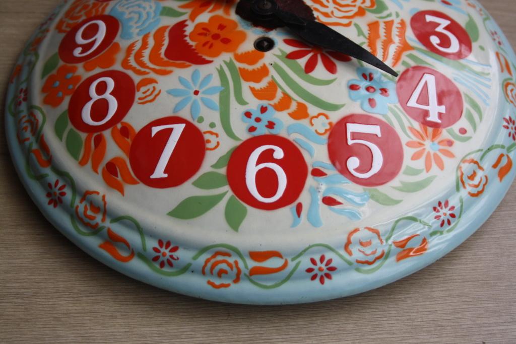 Horloge ronde bombée tôle émaillée Img_0011