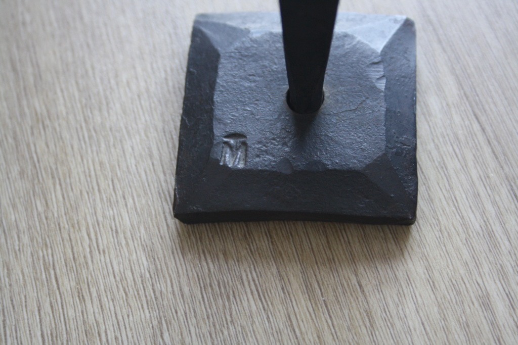Sculpture en fer forgé signée MT OU TM.. à identifier Img_0515