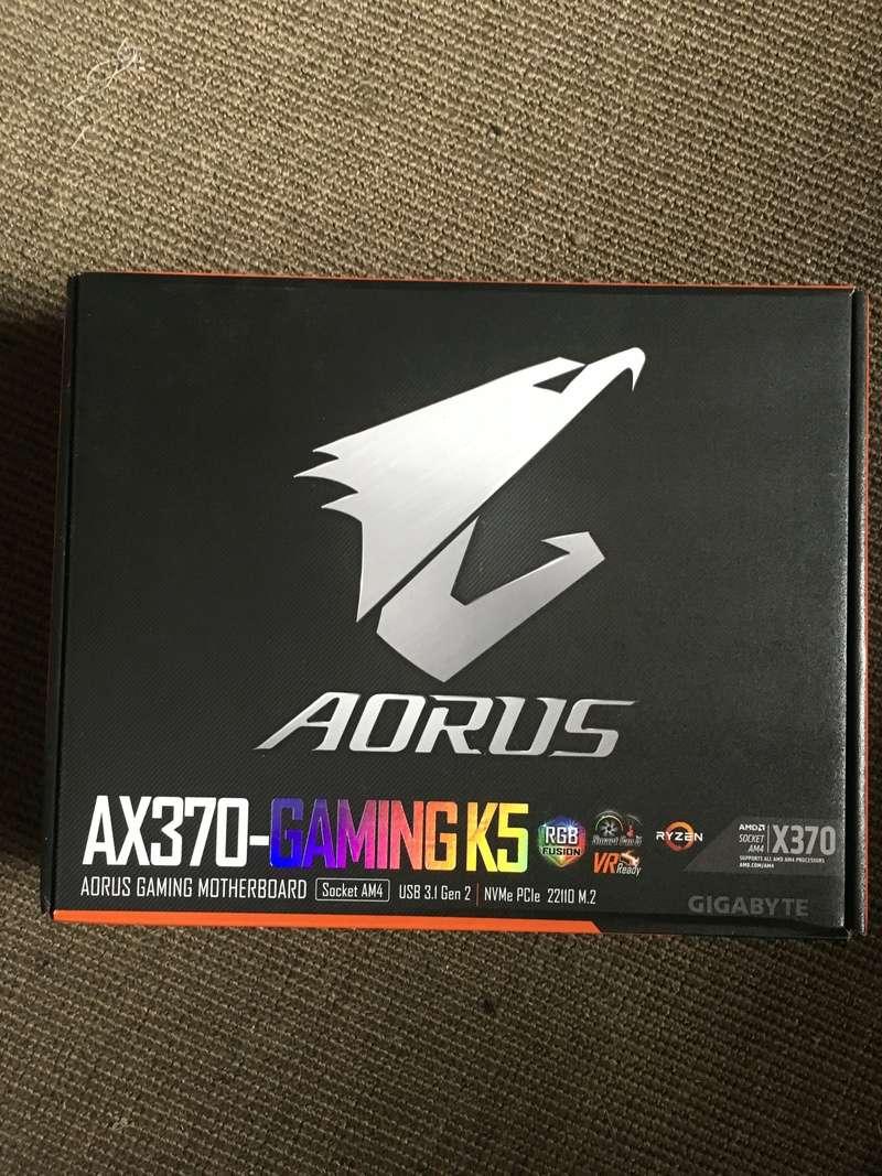 Carte mère plus processeur AMD 7b525610