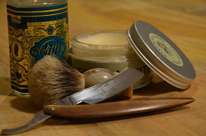 Défi ! Une semaine de rasage avec les mêmes produits  - Page 3 Dsc_0012