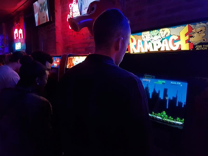 L'arcade et le retrogaming aux US [PHOTOS inside] - Page 2 Bart_110