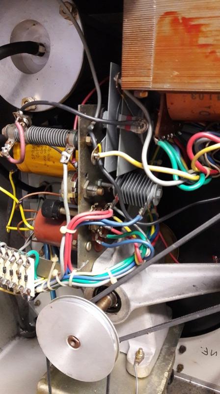 Banc Souriau et condensateurs Banc_310