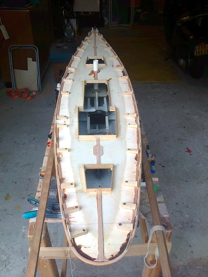 MEZUA proto voilier de type classique Collag10