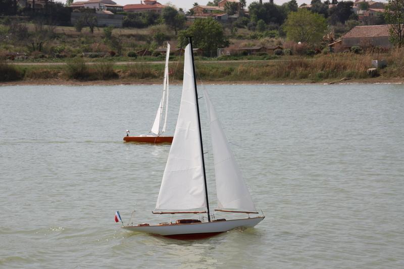 MEZUA proto voilier de type classique Img_9112
