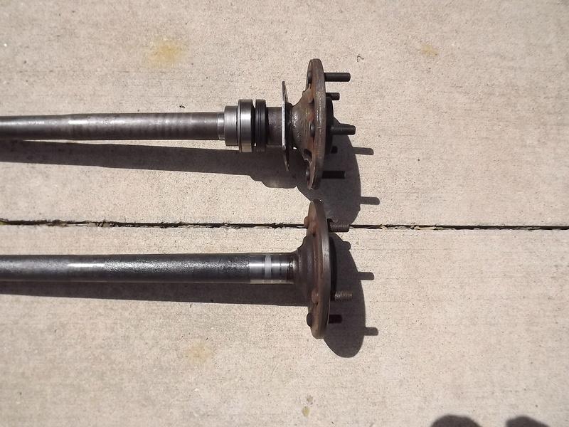 olds rear axle Dscf2512