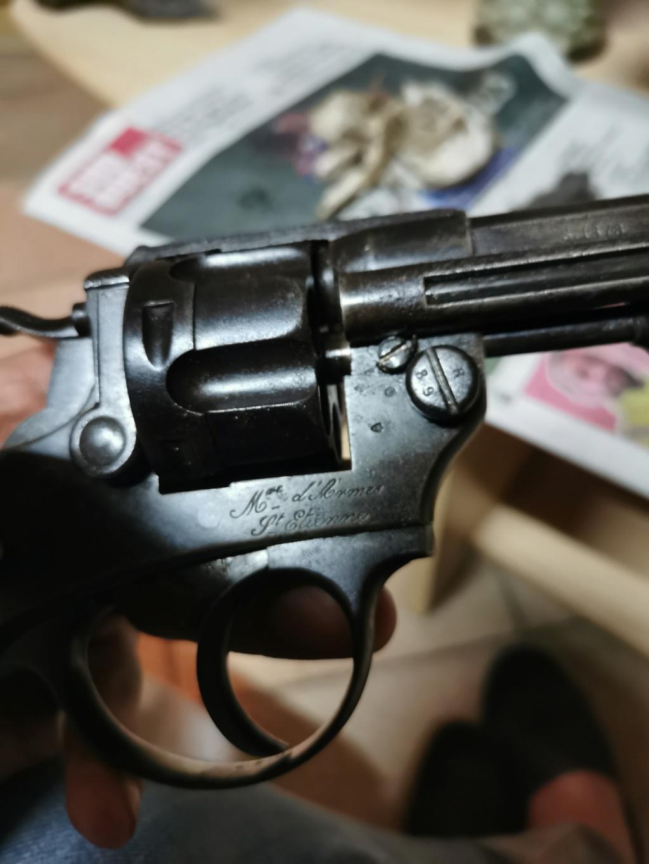 Un nouveau dans mes réglo français revolver 74 Img_2188