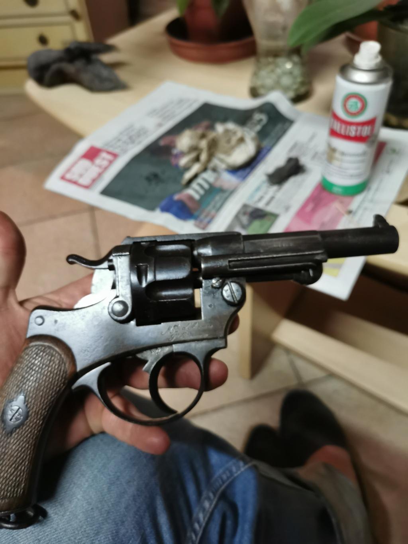 Un nouveau dans mes réglo français revolver 74 Img_2189