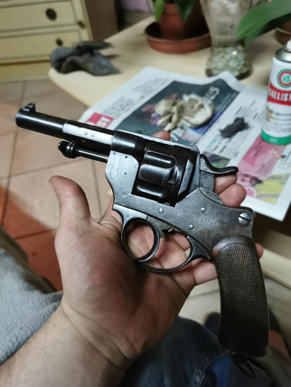 Un nouveau dans mes réglo français revolver 74 Img_2190