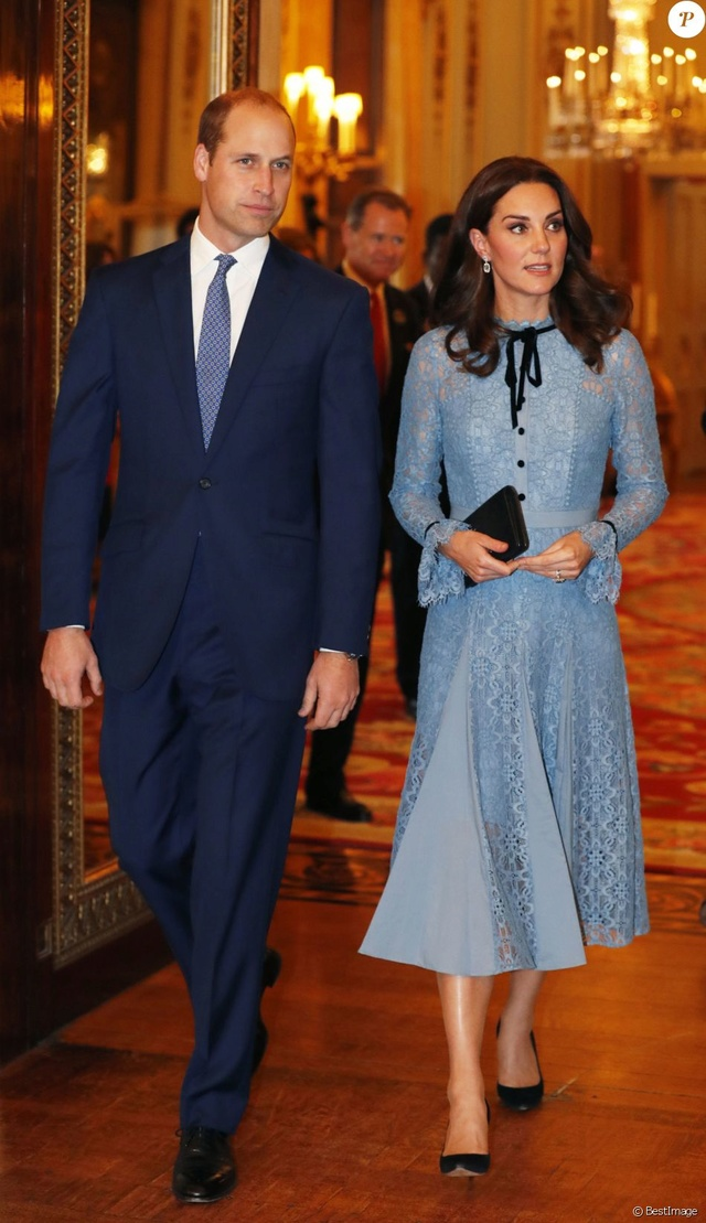Kate Middleton  35847910