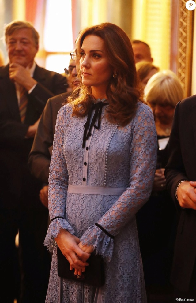 Kate Middleton  35847911