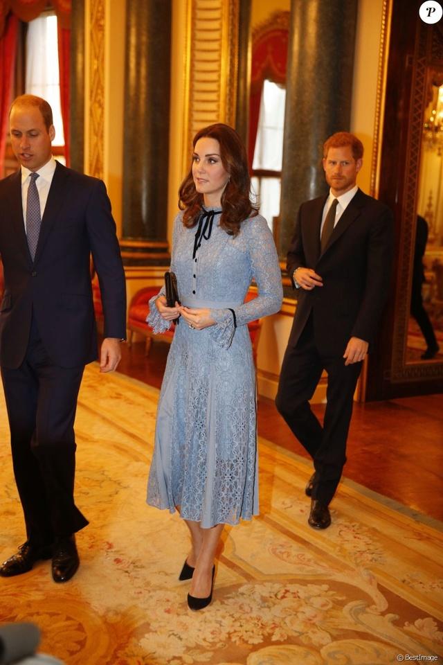 Kate Middleton  35848210